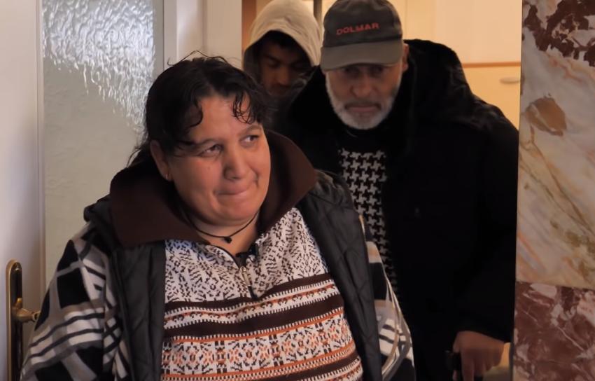 Mbetën pa shtëpi prej tërmetit, emigranti nga Anglia i bën surprizën e jetës
