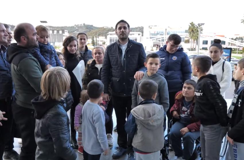 Fëmijët e Thumanës harrojnë për disa çaste tmerrin e tërmetit