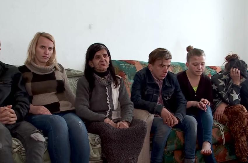 Shqiptarët i rikthejnë buzëqeshjen 8 jetimëve nga Kosova