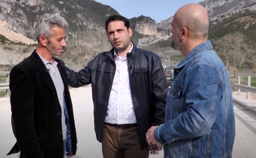 Shqiptarët ndihmojnë Aqifin, i dhurojnë makinë dhe i shlyejnë borxhet familjes