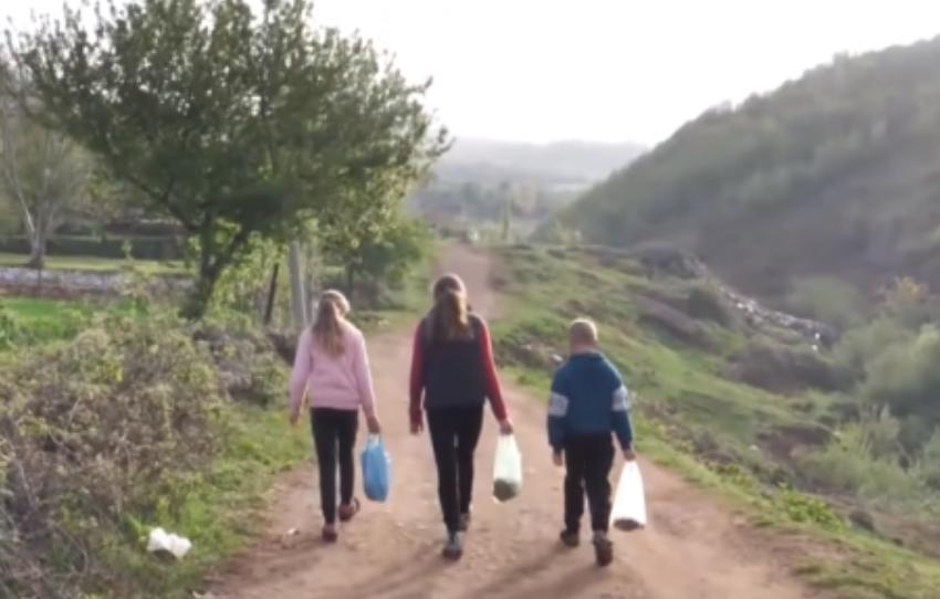 Hanë bukë vetëm kur bie shi, historia e trishtë e tre jetimëve