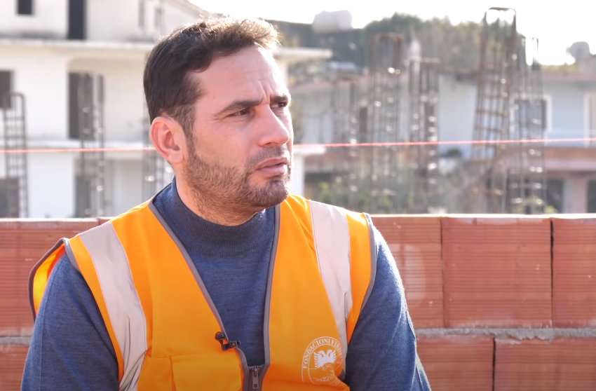 Pamjet nga ndërtimi në Thumanë! Elvis Naçi shpjegon punimet për 170 banesa dhe i përgjigjet skeptikëve
