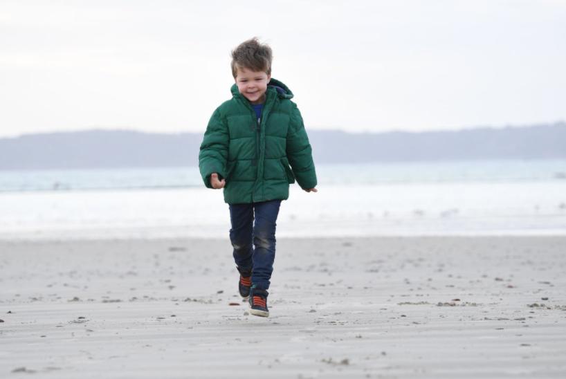Historia e 4 vjeçarit që mblodhi donacione për të sëmurët me Alzaimer