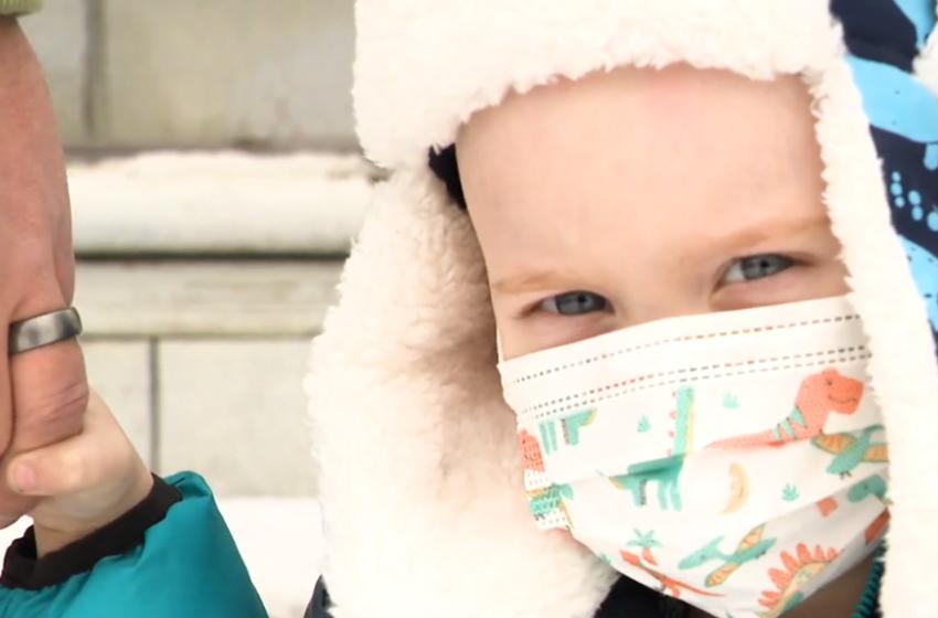 Sëmundja e rëndë e një 2 vjeçari bën bashkë në 'paradë' e ndihma të gjithë komunitetin