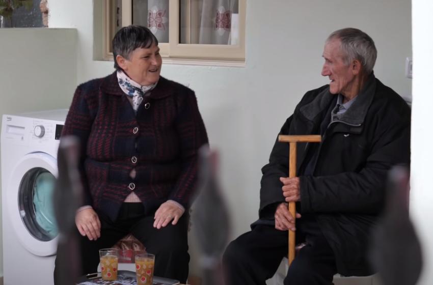 Jetonin me bukë e ujë, derisa u shpëtuan nga shqiptarët! Gruaja: Nuk e harroj derisa t'jem gjallë
