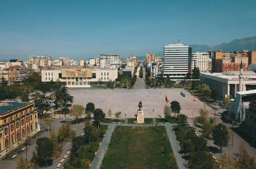 Masa të reja shtrënguese në Shqipëri, ora policore nis në 20:00! Si do të zhvillohet mësimi