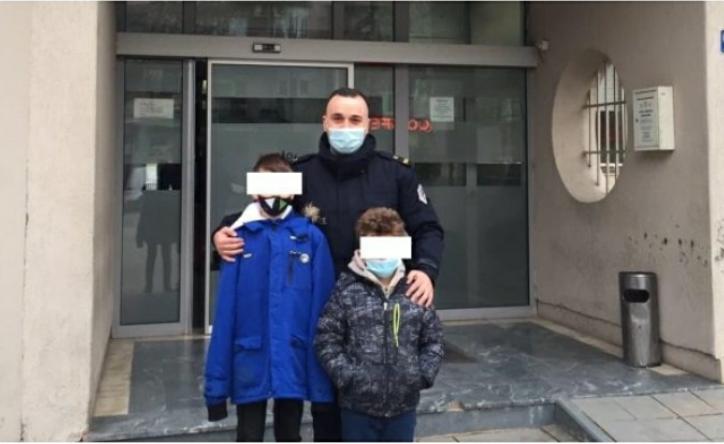 Model i edukatës së duhur, shikoni se çfarë bëjnë këta dy djem nga Prishtina