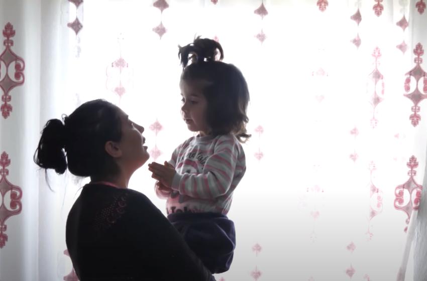 """""""Zemrën e kam mbushur me gëzim, shkoj për të shëruar vajzën… faleminderit shqiptarë"""""""