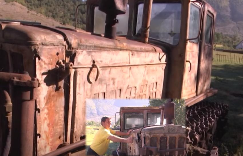 """Traktori i """"fundit sovjetik"""" në Shqipëri, rrëfimi i fermerit që e përdor prej 45 vitesh"""